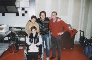 Karin met haar ouders en Marco Borsato